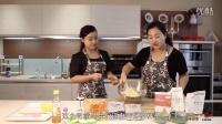 「小零厨房·美食教室」——广式莲蓉(紫薯)蛋黄月饼