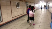 动感户外【发现伦敦】-加豆在地铁快跑被子隽叫住