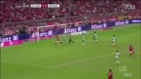 [12分钟集锦]莱万戴帽穆勒3助攻里贝里传射 拜仁6-0不莱梅