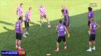 La rabona de James Rodriguez en el entrenamiento del Real Madrid • 2016