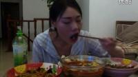 中国吃播clover 川菜小炒 回锅肉鱼香肉丝水煮肉片 蛋挞泡芙汉堡鸡腿蛋糕