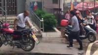 搞笑微视频:史上最有看头的打架场面!