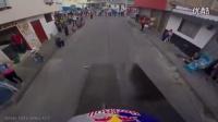 马尼萨莱斯2016城市山地速降赛选手MarceloGutierrez行云流水一气呵成