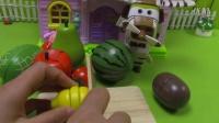 超级飞侠爱玩切水果的小游戏猪猪侠