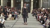 Louis Vuitton 2017春夏系列巴黎男装秀-性感超模内衣诱惑T台走秀迅雷下载