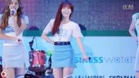 身材凸凹有致韩国美女小沁热舞视频