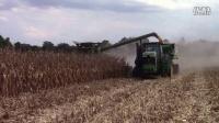 约翰迪尔24行玉米收割机