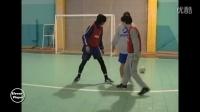 足球接球转身过人技巧教学