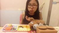 中国吃播KIKI酱南京酵墅面包红豆大福红丝绒蛋糕手工饼干油枣多味馒头大连鱼片干巧克力零食品尝_标清