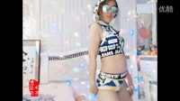 【美女主播精选】六间房__夜店女王,超短裤、大墨镜,一份傲娇的夜店范