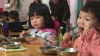 幼儿园吃饭4