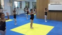 舞蹈考级三级-小木偶