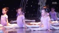 雅媛舞蹈 中国舞二年级《小浪花》