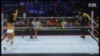 最新 WWE爆乳女裁判撕逼卢瑟夫 (1)