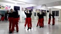舞光十色女子双人练习
