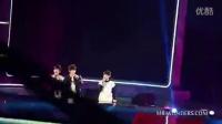 王俊凯的女朋友李佳宁吻照视频[MR.WONDERS][饭拍]江苏卫视跨年演唱会TFBOYS部分全场录像_标清_标清