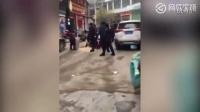 邵阳一少妇与已婚男聊骚 被原配找上门围殴