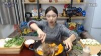 【中国大胃王朵一】自制海鲜干锅(精华版)
