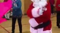 2016-12-18在圣诞party 上我扮演了圣诞老人