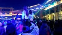 2016圣誕前夜石家莊北國奧特萊斯羅馬廣場假面舞會美女內褲外穿扭動水蛇腰迅雷下載