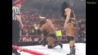 """一天一次WWE经典男女对打, """"肌肉女""""恰"""