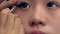 眉毛的生长周期 眼线膏怎么画 日系眼妆