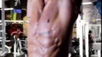 Michael Vazquez V神 腹肌核心练习
