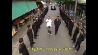 泰国黑帮二号人物出场,数百位小弟跟班,却不知美女警探暗中盯梢