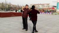 广场舞:请欣赏傅全龙吴娟的优美舞姿