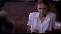 《洛丽塔》经典片段,大叔遭小萝莉极致挑逗难招架!