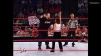 每天一次WWE男女双打混打,女选手遭遇致命锁技