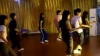 轩依钢管舞美女爵士视频SPO