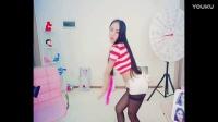超短裤美女扇子舞热舞视频_高清1qg0