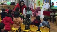 华师幼儿园小三班。