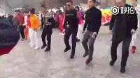 #搞笑视频#能把鬼步舞跳成广场舞也是一种技术,我已经记不起原版了