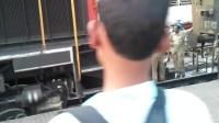 将柴油发动机连接到火车,柴油机得是几缸,排量得多少啊