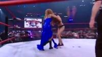 TNA美女大战,队友相助干扰比赛,被姐妹误撞,