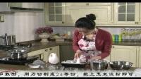 电饭锅做蛋糕的方法 慕斯蛋糕的做法 烤箱做面包