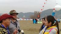 采访来参加第34届潍坊国际风筝会的达人