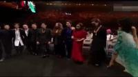 金曲奖颁奖典礼上,周杰伦突然乱入,把张学友陈奕迅给乐坏了!