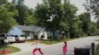 手挚模型飞机 滑稽 搞笑