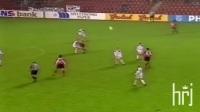 【滚球世界足球频道】年轻的罗纳尔多R9 U20时期疯狂球技秀