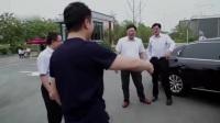 刘强东回老家气的想打人,苏宁国美把店开到家门口,简直是京东的耻辱。