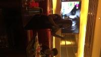 钟氏三姐手撕烤兔美食娱乐顾客群(君君)为群友们演唱一首《爱你十分泪七分》希望大家喜欢