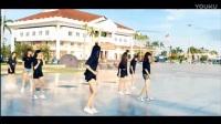 台湾美女街头跳seve鬼步舞好性感