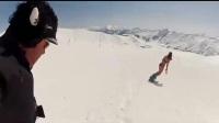 [标清]【高能时刻】比基尼美女蜜桃臀点亮雪场