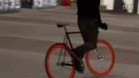 死飞起跳的时候轮胎掉了死飞自行车视频