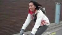 90后妹子教你玩各种刹车技巧超有气质的美女刷街