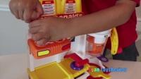 麦当劳的快乐餐玩具假装游戏食品!现金登记汉堡制造商法式炸薯条奶昔