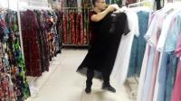 2017当季新款炒色丝麻连衣裙品牌折扣女装批发走份,纯色系列,100%连衣裙电话微信:13928969356